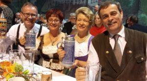 Die Führungspersönlichkeiten der deutschen Minderheit amüsierten sich köstlich.