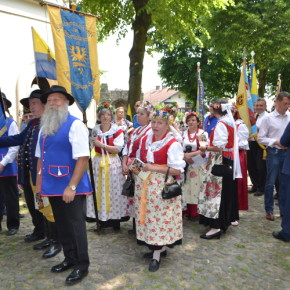 Setki Niemców na Górze Świętej Anny