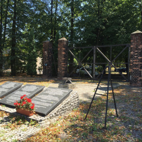 Gedenkfeier für die Toten des Lagers Zgoda