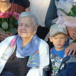 100 Jahre für Lotta Dorow
