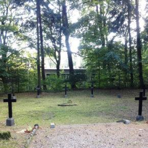Ratują stare cmentarze