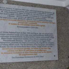 Ehre den Errettern deutscher Kinder