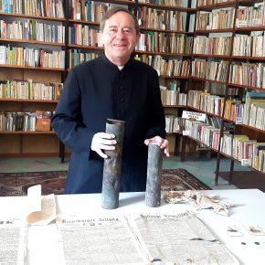 Schlesien Journal 08-05-2018: Aufregung wegen Tafel für Opfer der Staatssicherheit in Oppeln / In Landsberg Zeitkapsel von 1894 geöffnet