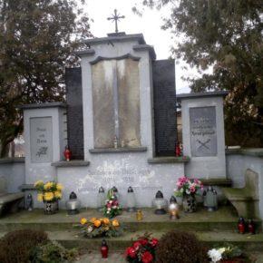 Pomnik potrzebuje remontu