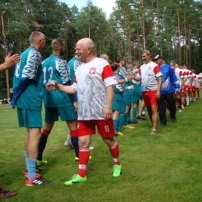 Ein Dorf, zwei Mannschaften